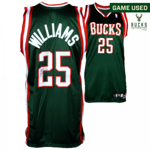 Mo Williams Milwaukee Bucks Fanatics Authentic Autographed Game-Used Green #25 Jersey used during the 2007-2008 NBA Season - Size 44