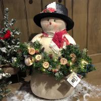 Aunt Liz's Attic - Frosty